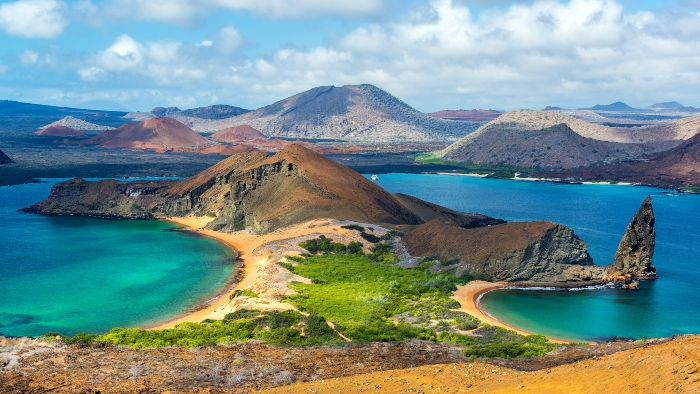 Best time to cruise Galapagos Islands