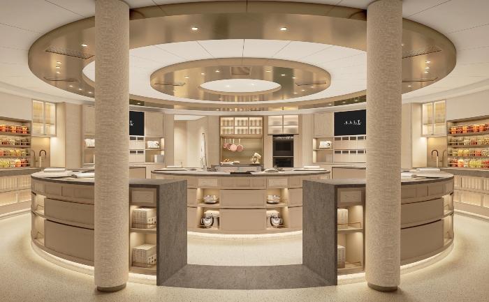 Silver Moon luxury cruise ship