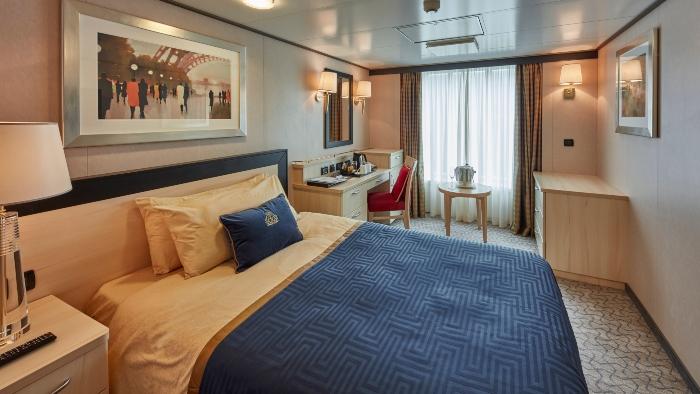 Top cruise lines for solo cruisers Cunard Cruises