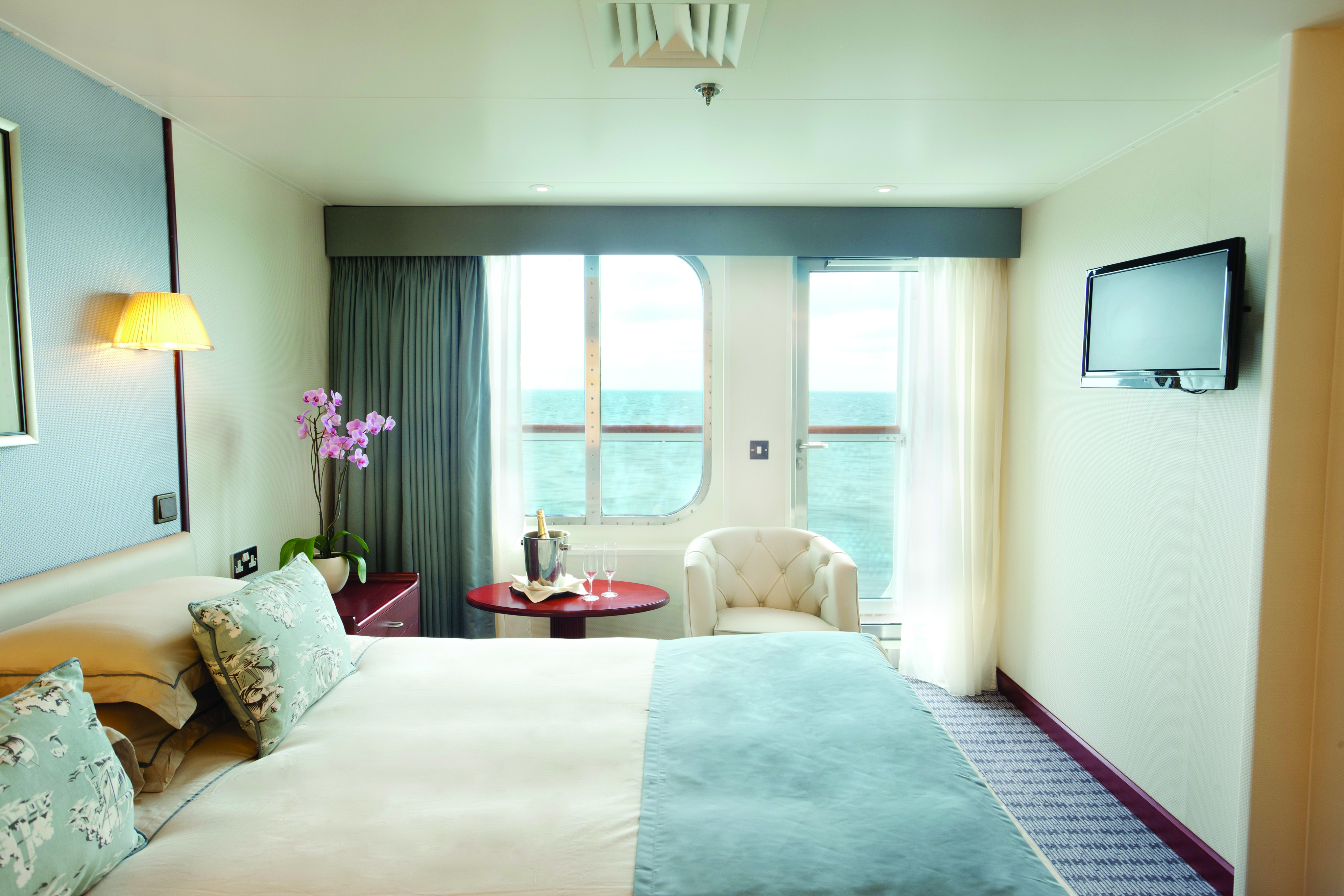 cruise ship rooms balcony stateroom