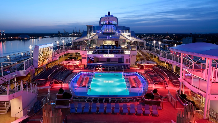 royal caribbean family friendly activities outdoor movie
