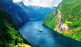 fiordos noruegos en crucero
