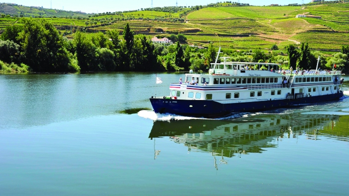 river cruises return