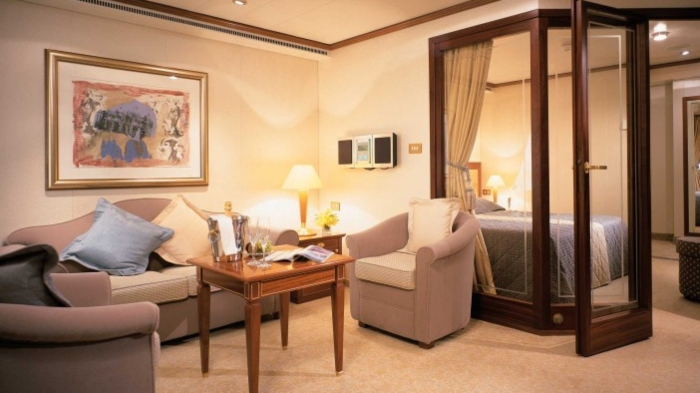 cruise ship rooms suite